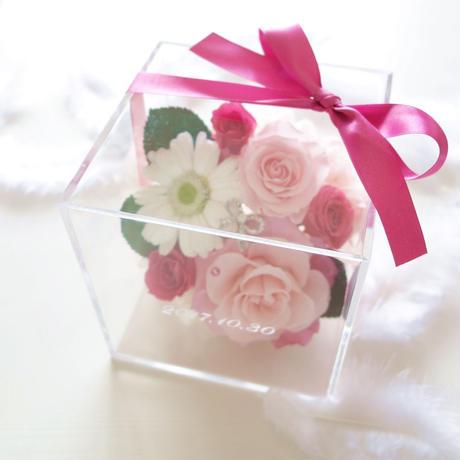 """《名入れギフト☆メッセージ刻印》message ROSE  """"ma chérie"""" ☆大きいサイズ☆ ふんわりピンク&ホワイトのフラワーボックス"""