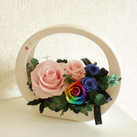 "RAINBOW ROSE ""flower  hand basket WHITE""  レインボーローズの上品アレンジ"