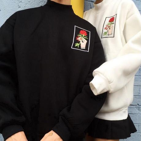 薔薇刺繍スウェット