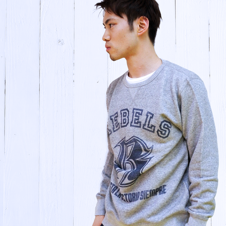 【APPAREL】REBELS トレーナー