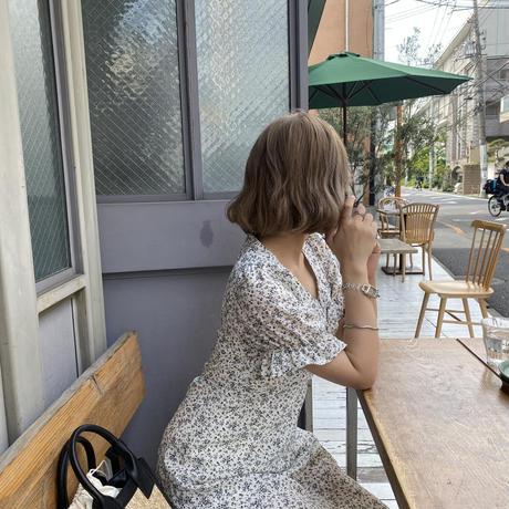 小花柄Vネックフレアワンピース【211-6059】