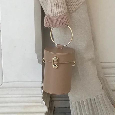 バケツ型サークルバッグ