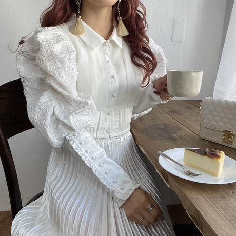ホワイトツヤプリーツスカート【202-4022】