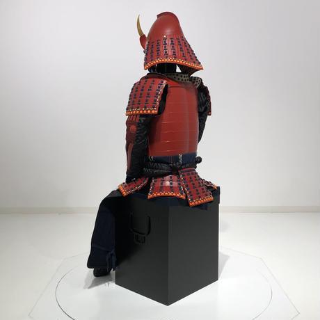 【O-079】濃紺糸威赤艶消鋲綴二枚胴具足(桃形兜)