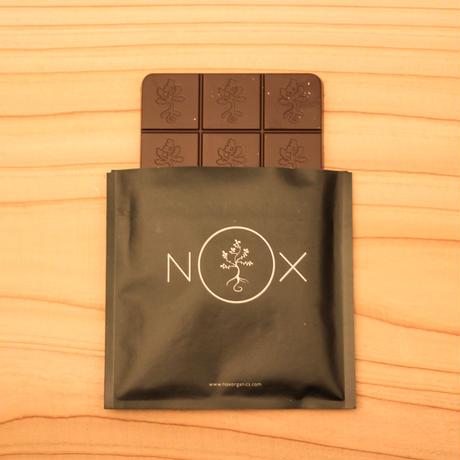 NOX CHOCOLAIT AURORA BAR -ALMOND &HAZEL NUTS-