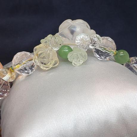 水晶バラ彫りブーケ<プレナイト・シトリン薔薇>組紐ブレスレット