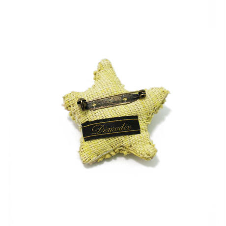 Starfish brooch yellow