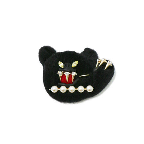 Black panther brooch