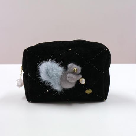 Squirrel pouch