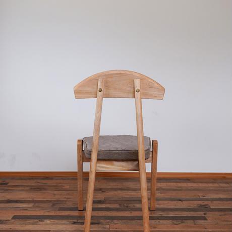 Emon chair 柿渋グレー