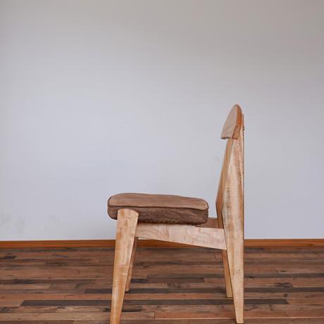 Emon chair 柿渋ブラウン