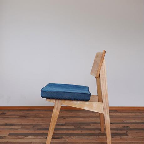 Agura chair M 藍染