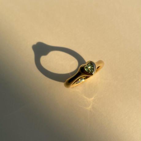 Heart Ring (peridot)