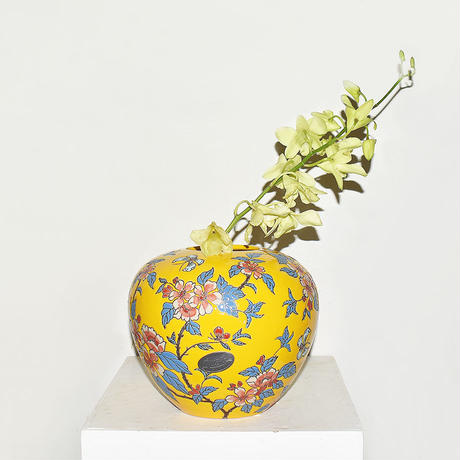 Flower Drawing Pottery Vase(W22×H18)/YELLOW