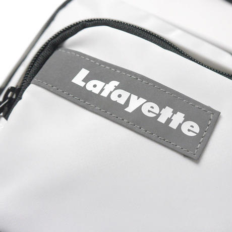 HT-G198001 / MULTI POCKET BODY BAG ft Lafayette - WHITE