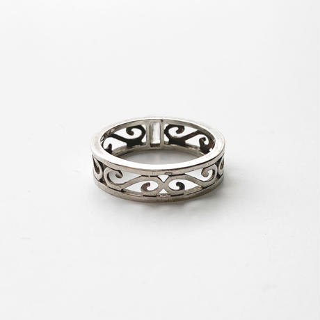 #15 silver lace clearstone ring