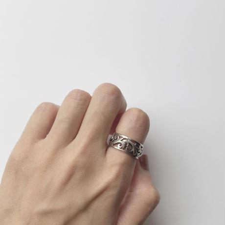 #13 silver arabesque ring