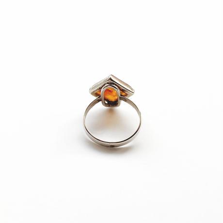 #19 silver amber rhombus ring