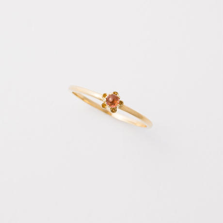 bud ring / gold / garnet