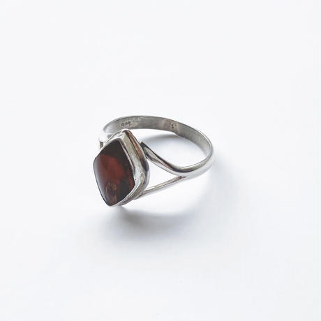 #17 silver amber ring