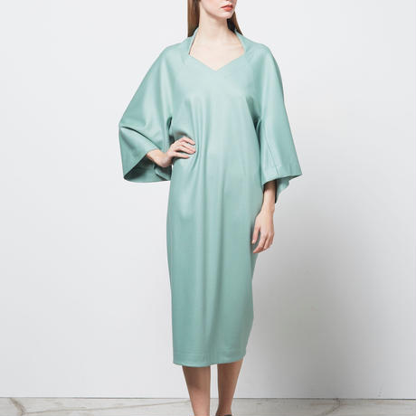 DK16-CS04-D02/ Super140's Wool Silky Melton Dress