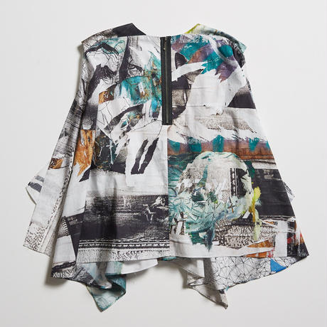 "DK19-01-B02/""Cycles & Seasons"" Print Blouse/1COLOR"