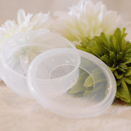 美肌クリーム用 蓋付きカップ & ヘラ