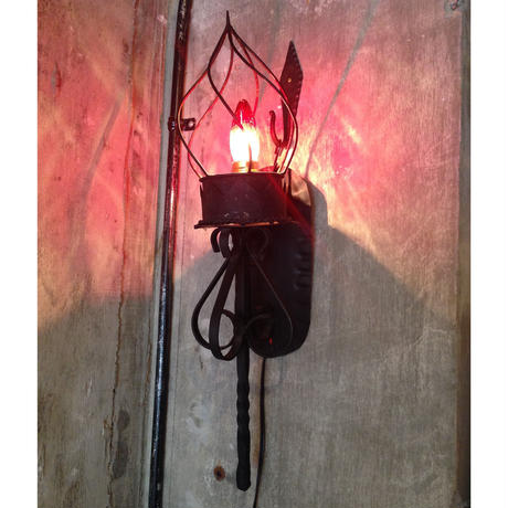 Black  Iron  Bracket  Lamp