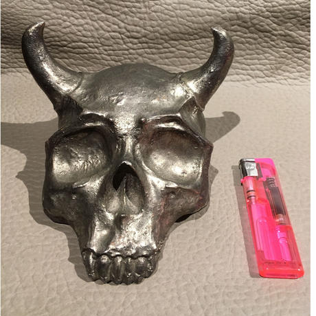 Vintage  Evil  Skull  Desk  Ornament