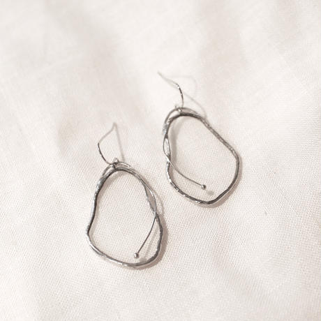 【2月お届け】DAPHNIA PIERCE & EARRINGS | CLEAR 金具選択可