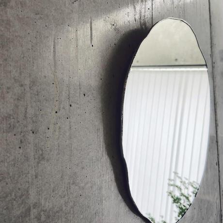 【11月中旬出荷予定】水たまりのような形をしたウォールミラー | WALL MIRROR | SIZE:W300×H300 | 壁掛けタイプ