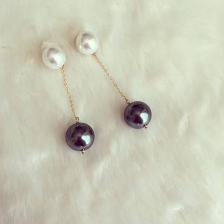 White×gray pierce earring