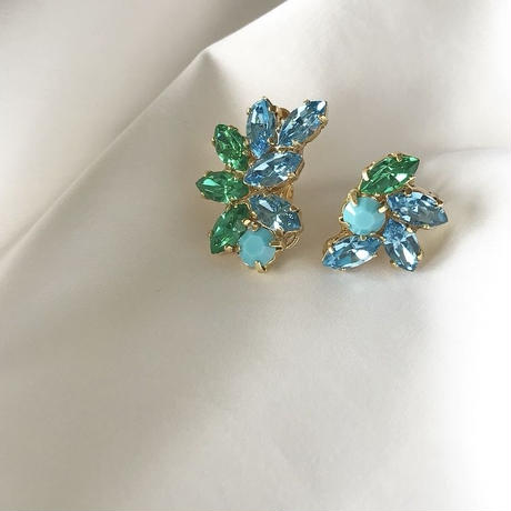 green blue crystal pierce earring