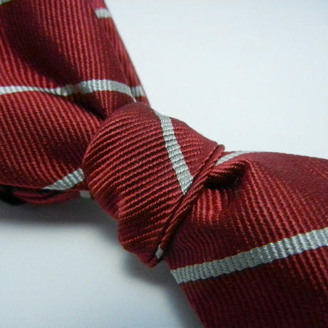 Peaked Butterfly Tie (Silk100%)RED