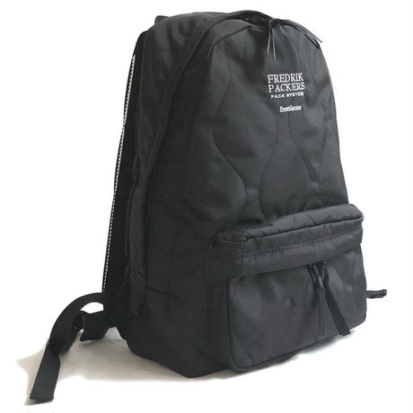 FREDRIK PACKERS×FreshService Quilted Day Pack