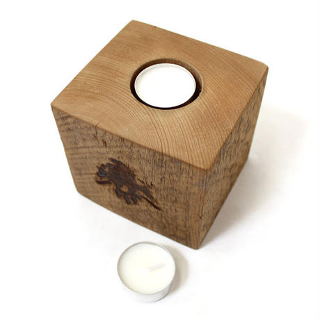 DOC/GALLUP - TEA LIGHT CANDLE HOLDER