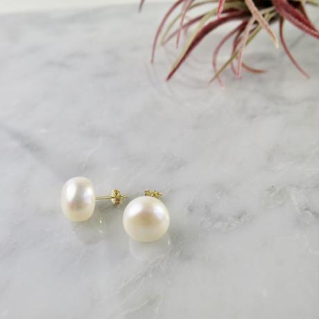 Flat Round Freshwater pearl Pierced earrings【14kgf】