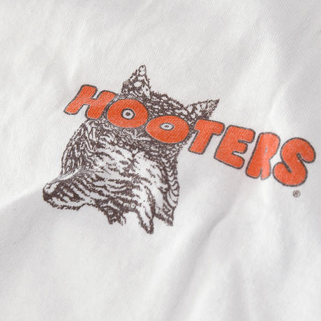 [L] Hooters
