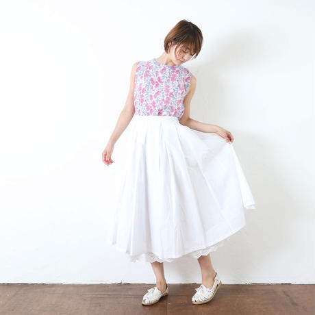 コットン裾レーススカート