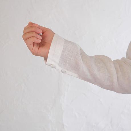 手刺繍リーフプルオーバー
