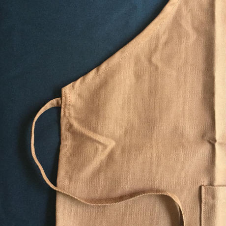 "DR(BRN) APRON  "" TO 'BEER' CONTINUE"" BROWN  COLOR⭕️次回の入荷は7月31日です。今しばらくお待ちくださいませ。"