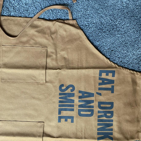 "限定発売 DRESSSEN WPAB16    DAY USE W POCKET  APRON    "" EAT、DRINK  AND SMILE"