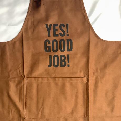 """🟠オンライン限定発売 DRESSSEN PR30 THE PROFESSIONAL APRON"""" YES!GOOD JOB!"""" (BROWNカラー)※首の紐をお好きな位置で結んで固定できます。"""