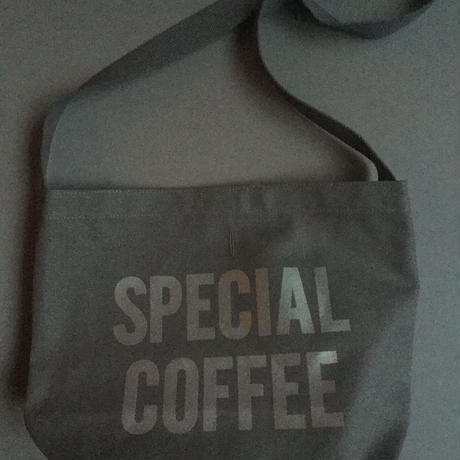 "DRESSSEN  SHOULDER BAG DBC12""SPECIAL COFFEE""BLACK COLOR ※公式オンラインストアのみの販売です。"