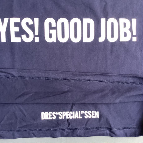 "⭐️限定販売 DRESSSEN  DSST55 DRES""SPECIAL""SSEN    YES!GOOD JOB!T-SHIRTS (生成りロゴ) ネイビーカラー"