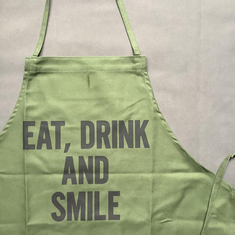 "⭐️[新発売]DRESSSEN DR(GRN)5  ""EAT, DRINK AND SMILE"" ""APRON  GREEN COLOR"