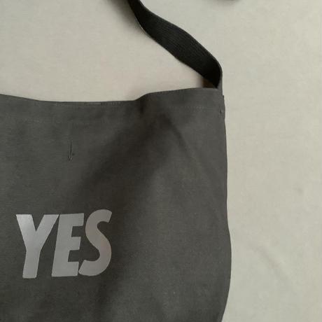 """DRESSSEN NDB1 NEW DB SHOULDER BAG  """" YES""""  BLACK COLOR"""