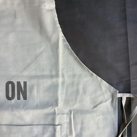 """DRESSSEN  DRVGRY10  REVERSIBLE  APRON""""ON/OFF(リバーシブルエプロン)"""