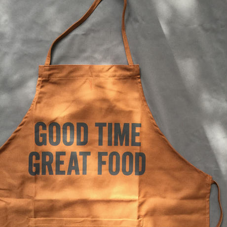 "DRESSSEN DR(BRN) 15APRON  ""GOOD TIME GREAT FOOD""BROWN  COLOR⭕️ラスト一点です"