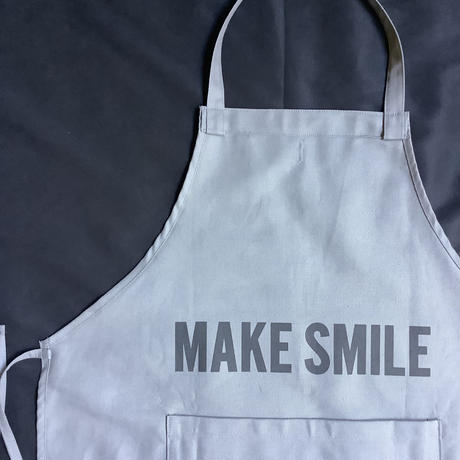 "DRESSSEN  DRVGRY11 REVERSIBLE  APRON""MAKE BEAUTIFUL/MAKE SMILE(リバーシブルエプロン)"